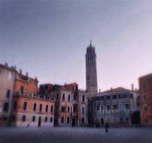 40 минут в Венеции / практически первый кадр из последней поездки в Венецию. Набегу к мосту Академии. после 8 часов в автобусе. душа запела