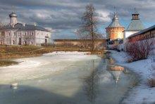 вологодская весна / Спасо-Прилуцкий монастырь. Вологда. основан в 1371 году