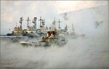 затерянные в тумане... / г. Мурманск, Кольский залив