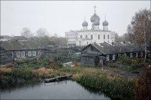 Первый, ещё осенний. / Вологодская область, Белозёрск.