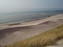 На Куршской косе горизонт сливается с морем. / Куршская коса, снимала стоя в дюнах.