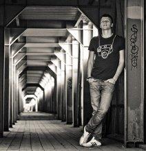 автопортрет / Околокремлевский тоннель
