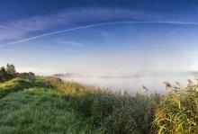 Озерцо / Утро, по дороге в Вильнюс. Пока отснимал за спиной (5 мин) - тумана уже не было :)