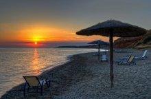 Упорядоченная  разбросанность в конце дня / Марония, Греция