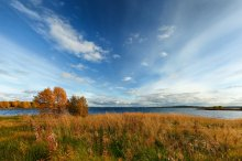Осенние краски... / р. Пиренга. панорама из 8ми кадров.