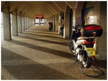 два мотоцикла до кафе / Тель-Авив. Опера-тауэр