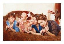 Coca Cola girls / Вся фотосессия и предыдущие части серии - у меня в блоге: http://westkis.com/proekt-otchayannyie-domohozyayki-chast-3-coca-cola-girls/  Приятного просмотра!
