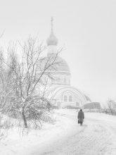 Возвращение души / Зима, туманное утро, дорога к храму...