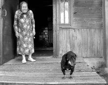 Babulytė ir šuniukas /