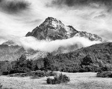 черно-белая гора / Национальный парк Сагарматха