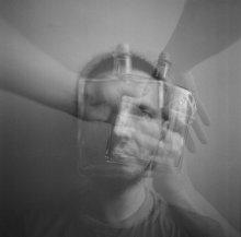 автопортрет с герметичной пустотой / отторжение/заполнение...