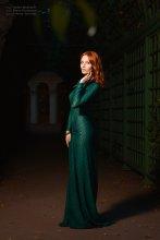 "Elena / Вечер в ""Летнем саду"" Photo: Vadim Maslikoff Model: Elena Protasova Designer: Anna Iurchuk"