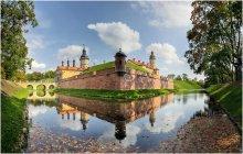Замок / Несвиж. Замок Радзивиллов - одна из архитектурно-исторических жемчужин Беларуси.