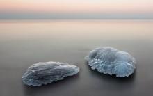 Притяженья больше нет / море лед камни