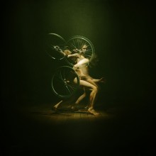 """Изображая велосипед / прежде чем снимать итог - ставлю опыты на """"кроликах""""..."""