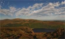 ...море, озеро и тень... / ...summit of Luggala Range, lake Tay & Irish sea...