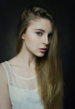 Аня / ******