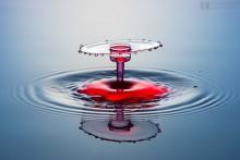 """Всплеск """"классическая форма"""" / Высокоскоростная съемка капель воды."""