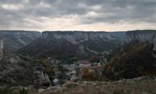 Бахчисарай. За 5 минут до восхода... / Ноябрь, Крым, Бахчисарай, вид на Свято Успенский монастырь, за 5 минут до восхода....