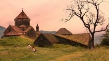 Фото на память / Ахпат - действующий монастырь. Основан в 976 г. В1996 включен в список объектов Всемирного наследия ЮНЕСКО. Армения