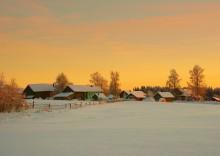 Деревня в вечернем свете... / зимний вечер