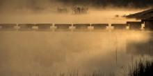 = / Первые лучи солнца подсветили утренний туман. Октябрь 2014г.