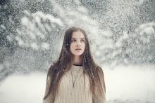 Снег / портрет