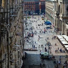 Суета / Милан, площадь Дуомо