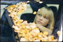 Осенне-дорожное настроение / Еще Кристина...  Разврорачивайте на черном! Пишите! Спасибо! :)  зыж до этого тут... http://photoclub.by/work.php?id_photo=50313&id_auth_photo=1937#t