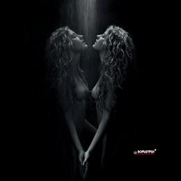 """""""Ее душа, как свет необычайный..."""" / Войди, художник тайный, и кисть возьми..."""