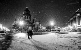 Зимней ночью. / Санкт-Петербург.Январь 2015г.