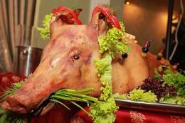 Суета сует / свинина