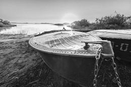 Лодка / Озеро Святое. Клепиковская группа озер.