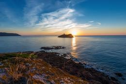 Сардский рассвет / Рассвет на Сардинии в местечке Нора рядом с городком Пула.