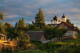 Задворки. / Никольская церковь г. Старая Русса.