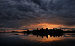 / GO FISHING / / Литва, Тракайский замок. Июль 2015 г.