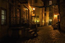 Где эта улица,где этот дом? / Старый Таллин http://www.youtube.com/watch?v=UR-wBngW4tQ&list=PL463C49B1ED5B844F