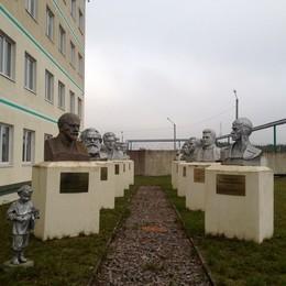 Где эта улица, где этот дом / Памятники эпохи СССР