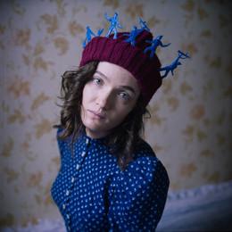 """Катя (портрет с матросами) / """"...И женщины носят матросов на головах, Значит - им это нужно..."""" (БГ)"""
