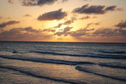 Захід сонця / океан