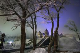 дневная ночь в Мире / За 30 сек. полнейшая темнота превращается в живописные сумерки... Луч света в темном вебе Photo by www Sergey-Nik-Melnik , Fotosfera-Minsk