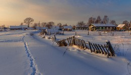 Вечерняя... / Солнце садится в январе еще рано...