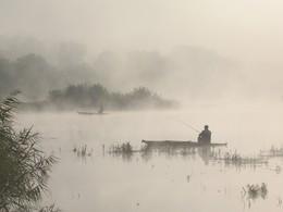 """Идиллия утреней рыбалки. / Река Южный Буг.Из серии """" Мигиевские рыбаки."""""""