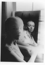 Портрет Кати / Kodak tmax 100. СканРучная печать с двух кадров. Скан планшет сканер.