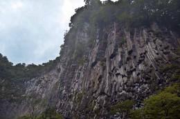 Стена / Отвесная скала