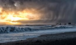 Ветреный закат / Рейнисфьяра, Исландия