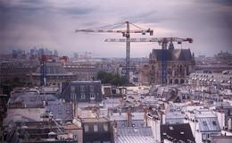 Москва не сразу строилась / И Париж тоже...