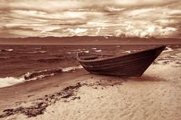 Там одиночество среди смятенья волн / Баргузинский залив, Бурятия