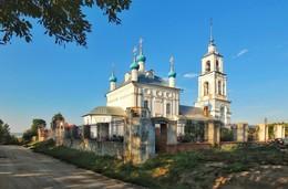 Церковь Рождества Богородицы. / ***