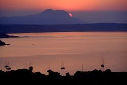 Тихая бухта. / Рассвет на острове Кос.